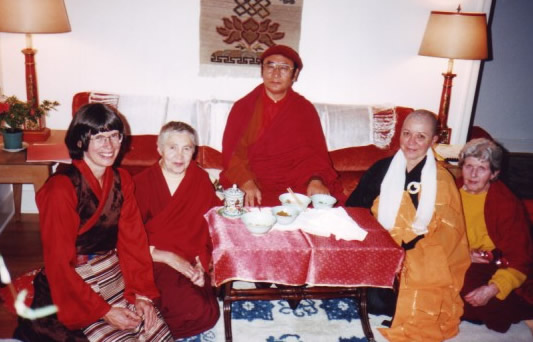Rinpoche with Rigdzin Khandro and guests